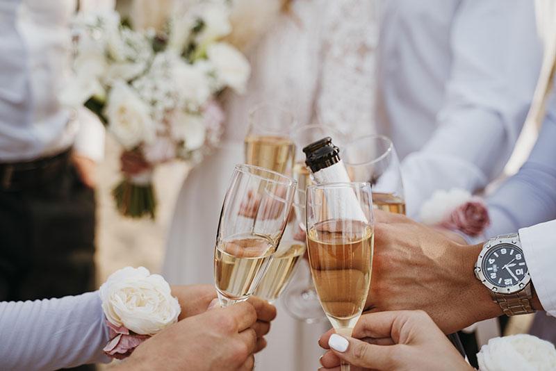 W jaki sposób obniżyć koszty ślubu i wesela?
